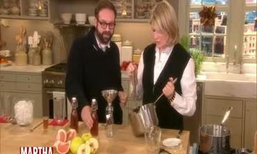 How to Make Homemade Cream Soda