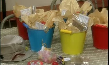 How to Make Party Goody Buckets