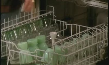 Load a Dishwasher the Right Way