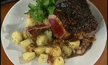 Seared Tuna Steak with Potatoes