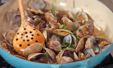 Clams with Lemongrass