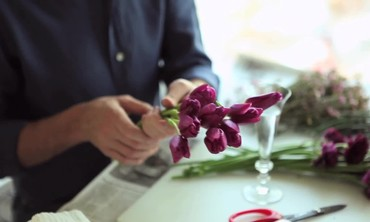 Kevin Sharkey's Home Decorating with Floral Arrangements
