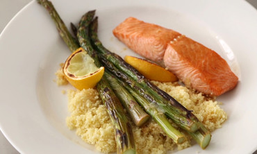 Broiled Salmon with Lemon and Soy
