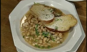 Chicken, Bacon and White Bean Soup