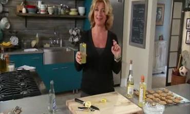 How to Make a Limoncello Spritzer