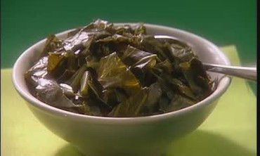 How to Make Stewed Collard Greens