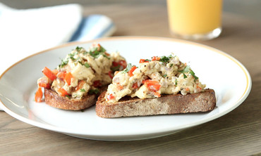 Quick Vegetable Scramble on Toast