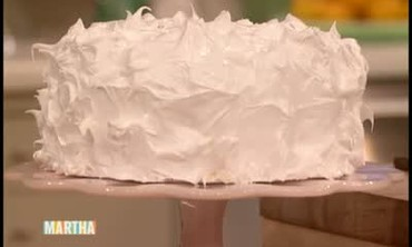 White Cake with Meringue Frosting
