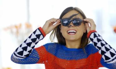 DIY Bugged-Out Wayfarer Sunglasses