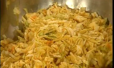 How to Make Memphis Style Coleslaw