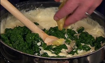 Luxurious Spinach and Crabmeat Dip