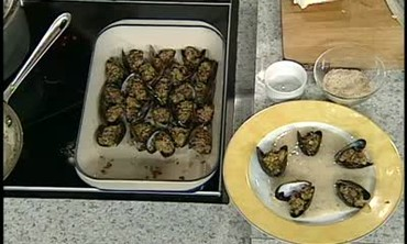 Mussels with Beurre Marniere Sauce