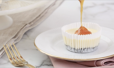 Mini Cheesecakes with Apricot Jam