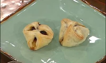 Chicken and Apple Pigs in a Blanket