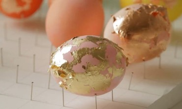 DIY Colorful Foiled Eggs for Easter