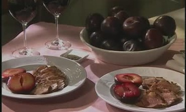 How to Cook Duck Breasts with Plums