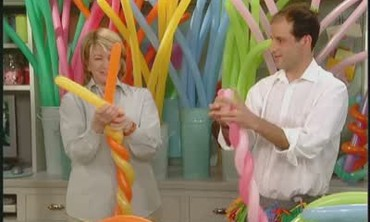 How To Create A Balloon Hat, Part  2