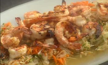 Carrot and Green Papaya Shrimp Salad
