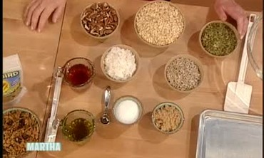 Easy Farmhand's Choice Granola Recipe