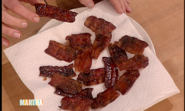 How to Make Brown-Sugar-Glazed-Bacon