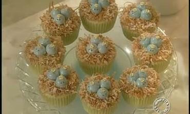 How To Make Nesting Bluebird Cupcakes