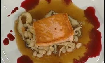 Seared Salmon with Wild Mushroom Ragu