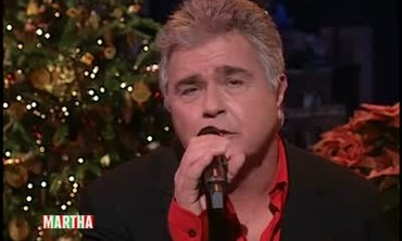 "Steve Tyrell Sings ""The Christmas Song"""