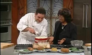 Sylvia Woods prepares Red Velvet Cake