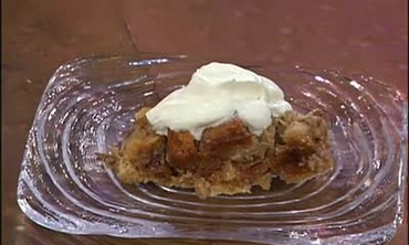 Bread Pudding with Bananas and Walnuts