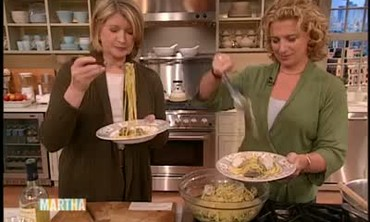 How to Make a Linguine with Clams Dish