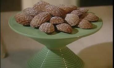 How to Make Hazelnut Madeleine Cookies