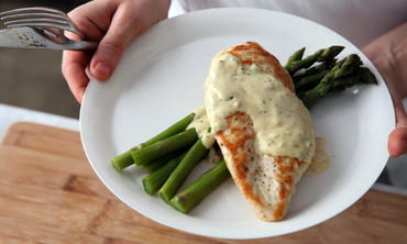 Sauteed Chicken in Mustard Cream Sauce