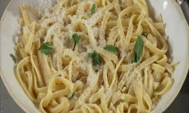 Fettuccine with Lemon, Parmesan, and Mint
