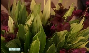 How to Make Your Own Floral Arrangement
