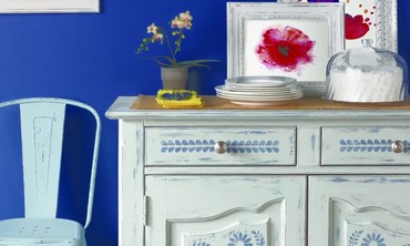 Vintage Decor Paint with Martha Stewart