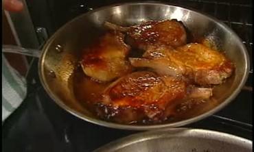 Caramelized Roasted Skillet Pork Chops
