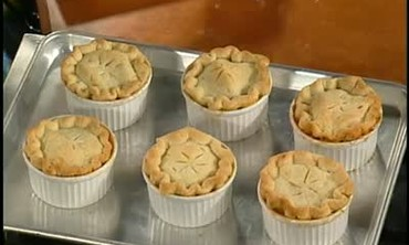 Patti LaBelle's Recipe for Mini Peach Pie