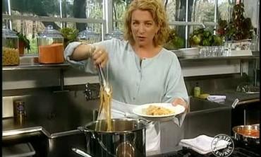 Spaghetti Puttanesca: A Simple Pasta Dish