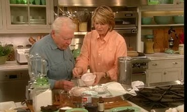 Andy Rooney Makes Old Fashioned Ice Cream