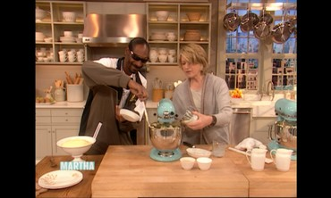 Classic Mashed Potatoes with Snoop Dogg