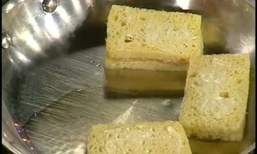 Emeril Lagasse Makes Foie Gras Sandwiches