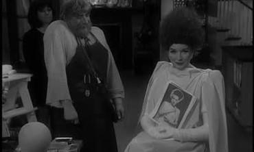 How to Apply Bride of Frankenstein Makeup
