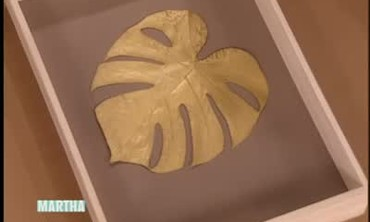 How to Spray Paint and Mount Plant Leaves