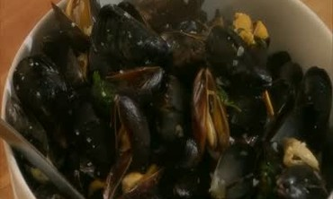 Moules Mariniere and Pommes Frites, Part 2
