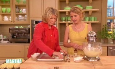 Sour-Cream Cookies with Author Elizabeth Gilbert