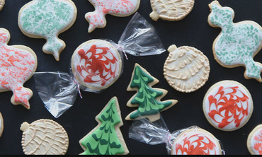 3 Fun & Easy Ways To Decorate Sugar Cookies