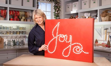 Ask Martha: Lighted Holiday Sign Decoration