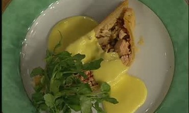 Coulibiac of Salmon with Hollandaise Sauce