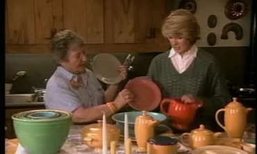 Fiestaware Expert Discusses her Collection