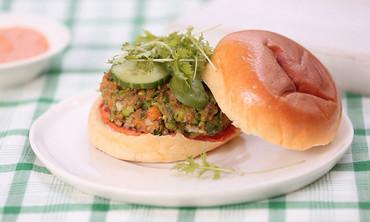 Green Pea Burger with Harissa Chili Pepper Mayo